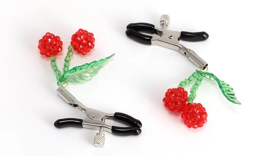 7 Best Nipple Clamps - For Those Who Want to Try Something New